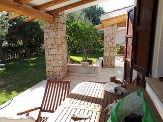 Villa con piscina  a 300 metri dalla spiaggia di campulongu Villasimius