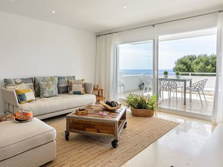 APARTMENT IN IBIZA WITH SEA-VIEW AND PRIVATE BEACH