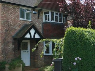 Confortable ROOMS to let in Guildford Surrey Room1