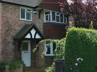 Confortable ROOMS to let in Guildford Surrey Room2