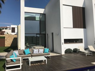 Design villa in Moraira close to the beach & town