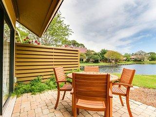 Beachwalk Villas 5115 in Sandestin, FL ~ waterfront + walk to pool