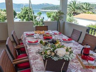 Villa Kaliope with sea view