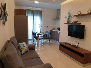 Amari Residences 2 Minutes to Seafront 2 Bedroom Apartment Wifi & A/C (2A)