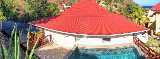 villa leelou swimming pool