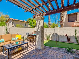 Golf Community Townhouse with Amenities Galore! 30 Night Minimum Stay!