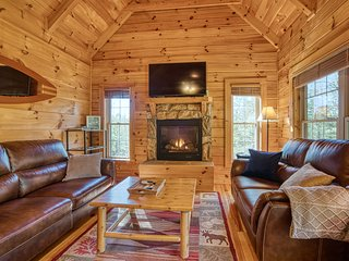 BOOK NOW for FALL Cozy Carolina Cabin- Cielo Property Management-Charming Cabin