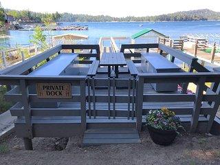 Lakeview Cabin | Luxury 4BD/3BA, Sleeps 10, Dock, In Village