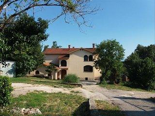 Three bedroom apartment Kastav (Opatija) (A-16995-a)