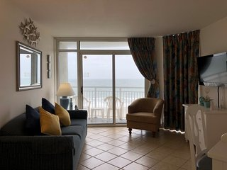 Oceanfront Condo Next to Downtown