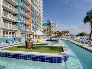 Beachfront Condo w Balcony in Myrtle Beach