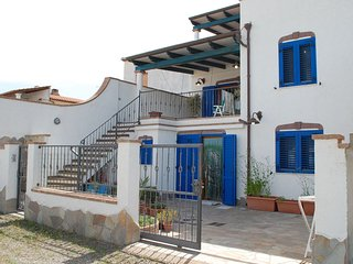 Villetta Elis - Calasetta Paese / Spiaggia Sotto Torre - (IUN: P5056)