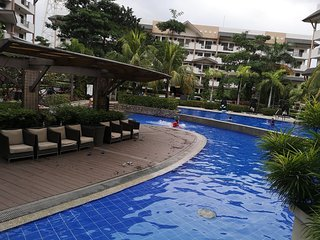 2BR Apartment, good for 7 pax, free wifi, cable TV, near Airport and SM Mall