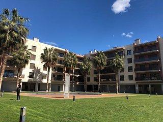 Apartamento Blanca, vistas frontales del mar, Playa Esquirol, Cambrils.
