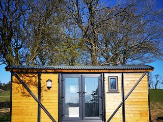 Pen-Rhos luxury glamping