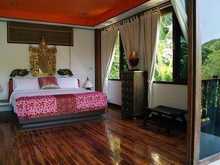 Villa Eliana (Attic Room 1)