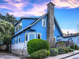 3779 Sea Otter House