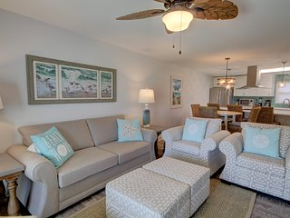 Lovely Beach Condo w/ Pool, Private Patio, Whirlpool, & More!