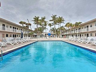 Oceanfront Miami Beach Condo w/ Resort Pool Access