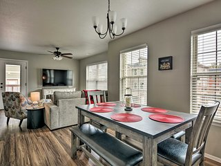 NEW! Newly Built Townhome - 3 Mi. to UARK Campus!