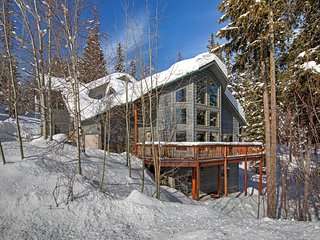 Spacious Whitefish Mountain residence with some of the best ski in/out on the mo