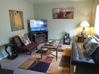 Stylish 3 Bed/2 Ba Ogden Ranch Condo w/Attached Garage & Central Air & Heat!