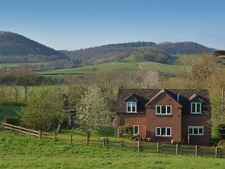 73319 Wing situated in Ironbridge (2mls NW)