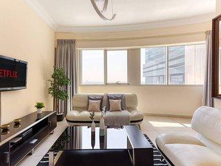 ★ Contemporary & Spacious Apartment in JLT!