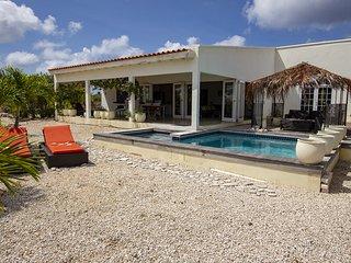 Villa Anne, a beautiful villa with Magna pool