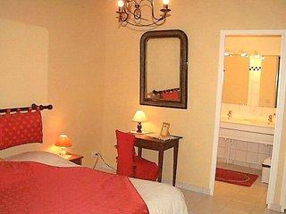 Suite Familiale La Voute --- Chambres d hotes Les Salamandres