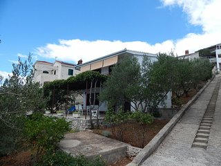 One bedroom apartment Okrug Donji (Ciovo) (A-17078-a)