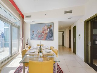 ★ Stylish Apartment with the Best Burj Views