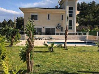 Kemer Villa