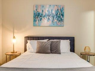 Dormigo Fabulous 2 Bedroom minutes drive from Centennial Park & Vanderbilt