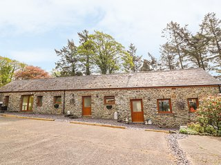 THE DAIRY, pet friendly, luxury holiday cottage, with hot tub in Llandysul, Ref
