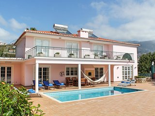 5 bedroom Villa with Pool, Air Con and WiFi - 5777632