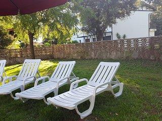 Chalet privado con jardin planta baja