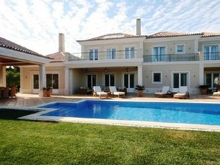 5 bedroom Villa with Pool, Air Con and WiFi - 5480285