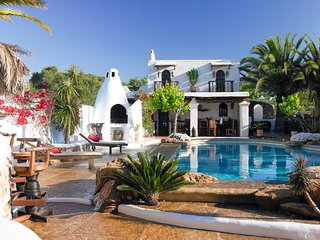 6 bedroom Villa with Pool, Air Con and WiFi - 5772793