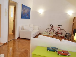 Unique flat located in neoclassical building in central Athens by letmyBNB