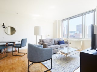 Sonder | Theater Suites | Relaxed 1BR + Laundry
