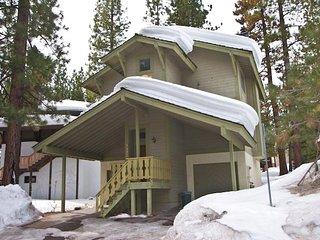 3397 Pine Hill Lake/Ski Cabin Common Summer Pool