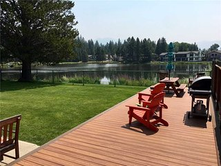 2214 Venice Pet Friendly Lakehouse on Lake Tallac