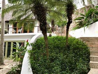 Quiet luxury casita near beach, with ocean view