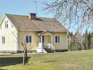 Nice home in Landeryd w/ 3 Bedrooms (S30133)