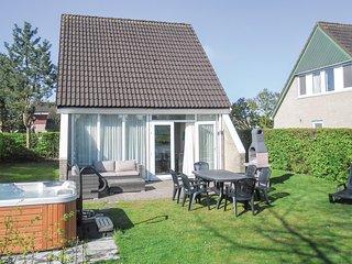 Nice home in Vlagtwedde w/ Jacuzzi, 3 Bedrooms and Sauna