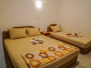 Cinnamon Studio For Three Persons At Beachfront
