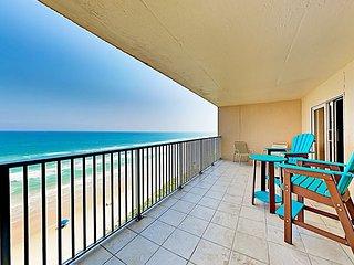 Updated Gulf-Side Condo w/ Hot Tub & Pool - Private Beach Access