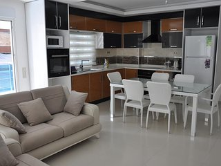 3 room Apartment for Rent in Mahmutlar, Turkey