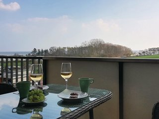 Stunning apartment in Heringsdorf-Sussau w/ WiFi and 1 Bedrooms (DSH312)